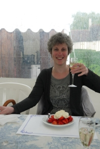 Crème Chantilly mit Erdbeeren und Champagner